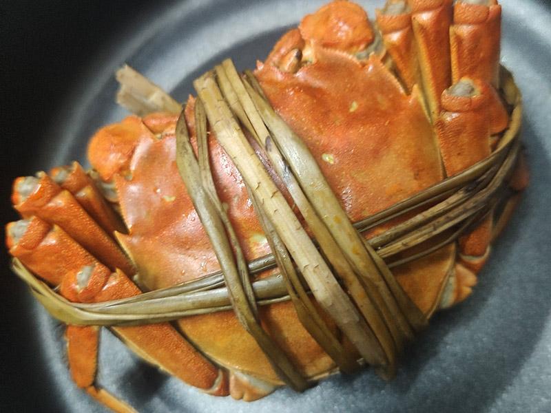 大闸蟹和白果能一起吃吗