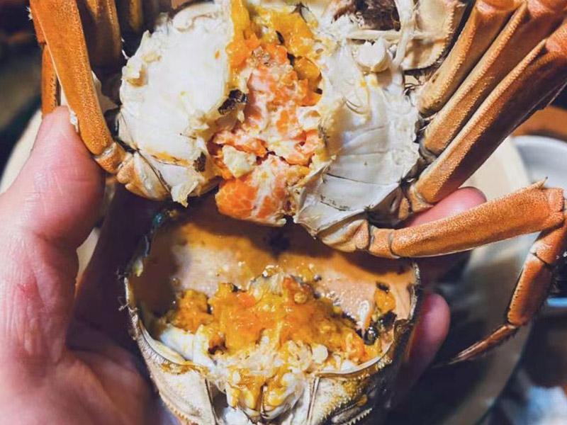 大闸蟹和火龙果可以一起吃吗